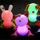 Uber-cute kids nightlight using energy-saving LED lights by Lumilove.